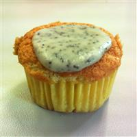 low fat vanilla cupcakes with lemon icing