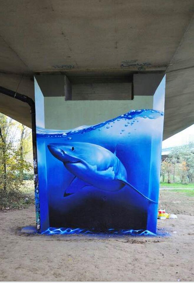 shark swimming in concrete pillar