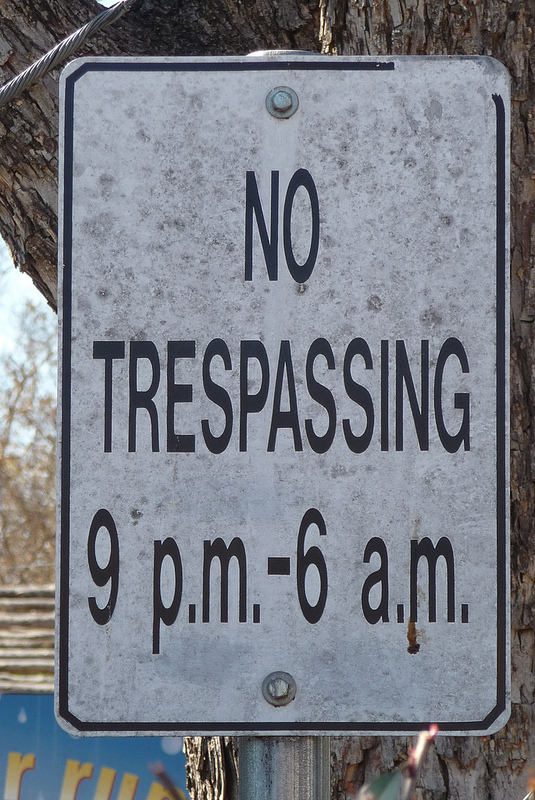 no tresspassing 9-6