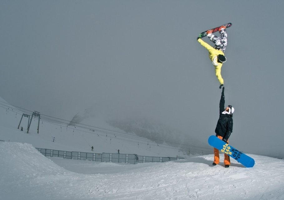 snowboarder tyler chorlton pulls off the highest of fives