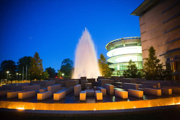 visit indianapolis museum of art